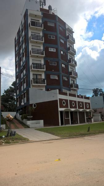 Foto Departamento en Venta en  Villa Gesell ,  Costa Atlantica  Dpto 3 Amb