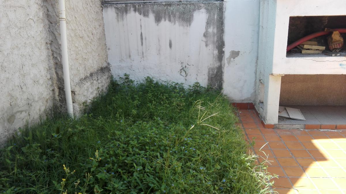Foto Casa en Venta en  Rosario ,  Santa Fe  Teniente Agneta 2341