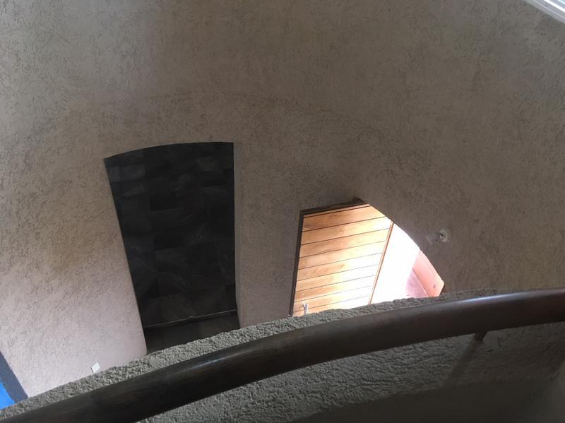 Foto Casa en Venta en  Haciendas,  Chihuahua  HACIENDAS, FRACC. PRIVADO,RESIDENCIA DE 4 RECAMARAS. MUY CERCA DEL COLEGIO LA SALLE