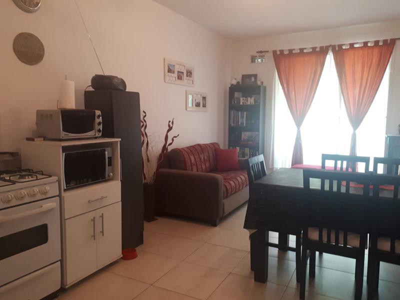 Foto Departamento en Venta en  S.Fer.-Vias/Centro,  San Fernando  Lavalle al 400