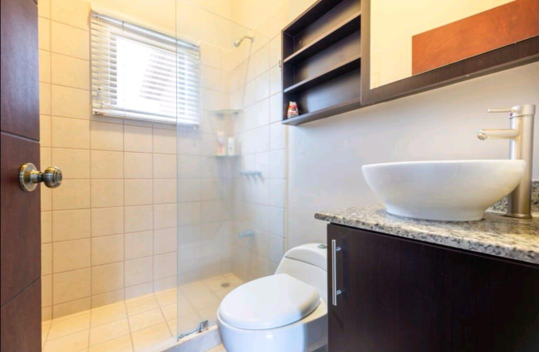 Foto Casa en condominio en Venta en  Alajuela,  Alajuela  Alajuela / Bella Casa de 3 habitaciones / Seguridad / Amenidades / Fácil Acceso
