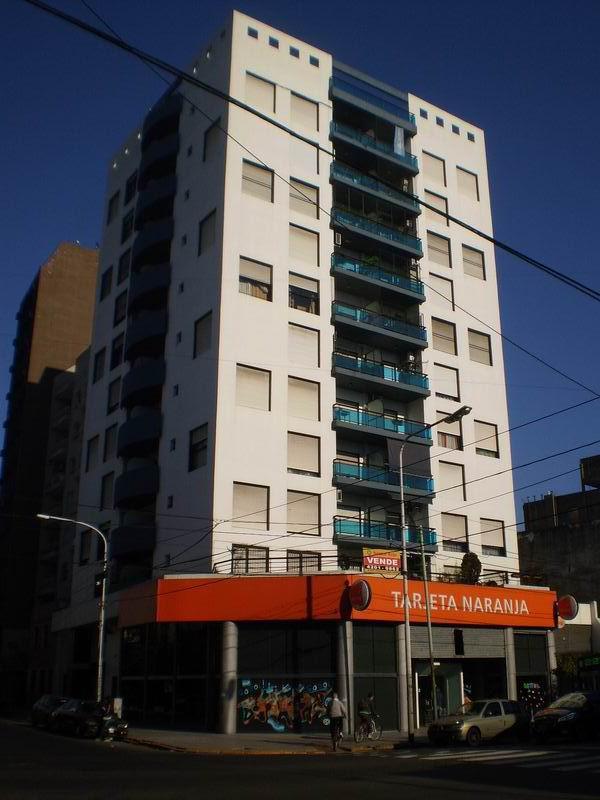 Foto Departamento en Alquiler en  Avellaneda ,  G.B.A. Zona Sur  Mariano Acosta 117, Piso 10º, Depto. C