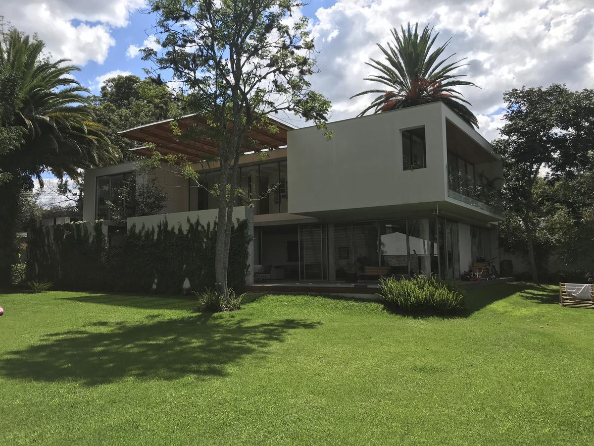 Foto Casa en Venta en  Quito ,  Pichincha  Urbanización Los Eucaliptos, Cumbayá