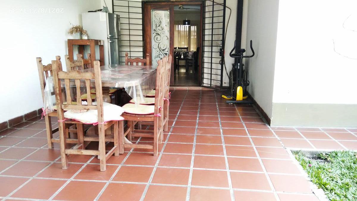 Foto Casa en Venta en  Yerba Buena ,  Tucumán  Heller al 900