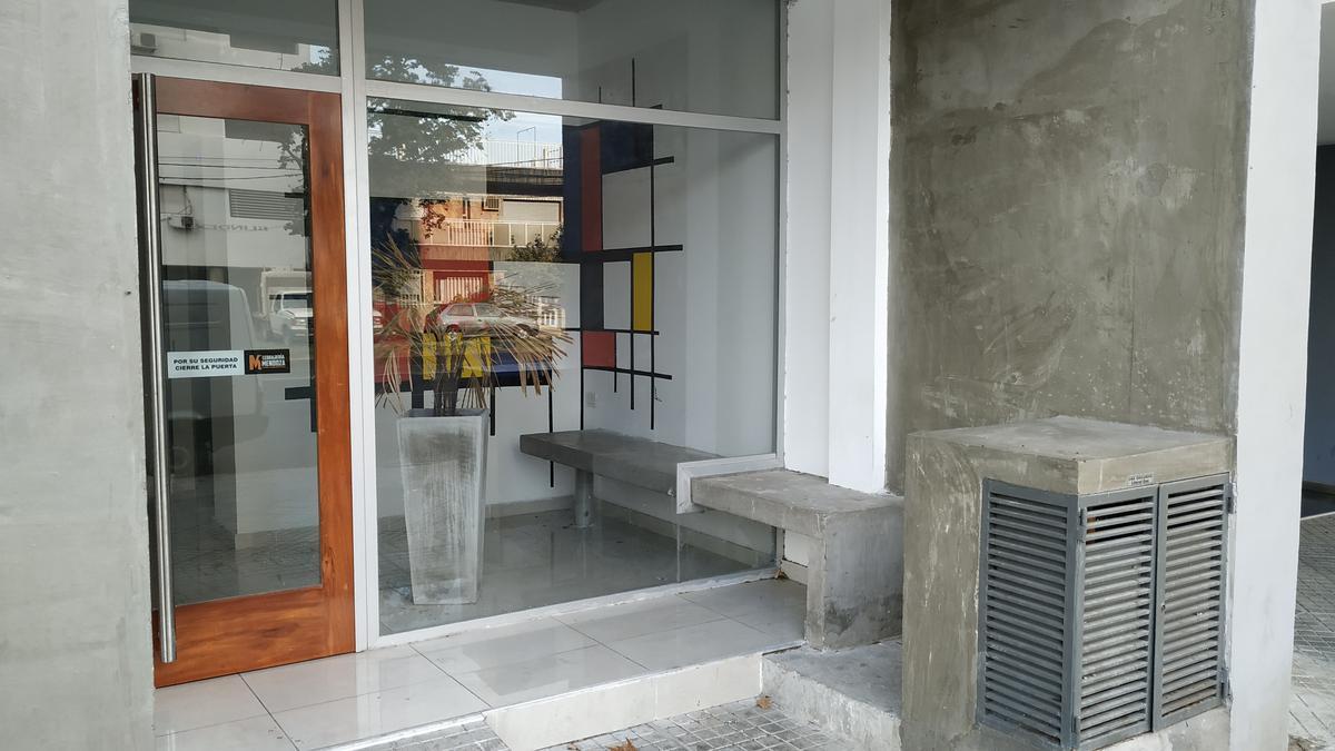 Foto Departamento en Venta en  Macrocentro,  Rosario  Francia al 1500
