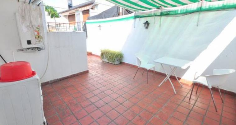 Foto Departamento en Alquiler temporario en  Chacarita ,  Capital Federal  PH 3 AMBIENTES CON TERRAZA - Temporario - DORREGO, AVDA. entre CASTILLO y ROSETTI