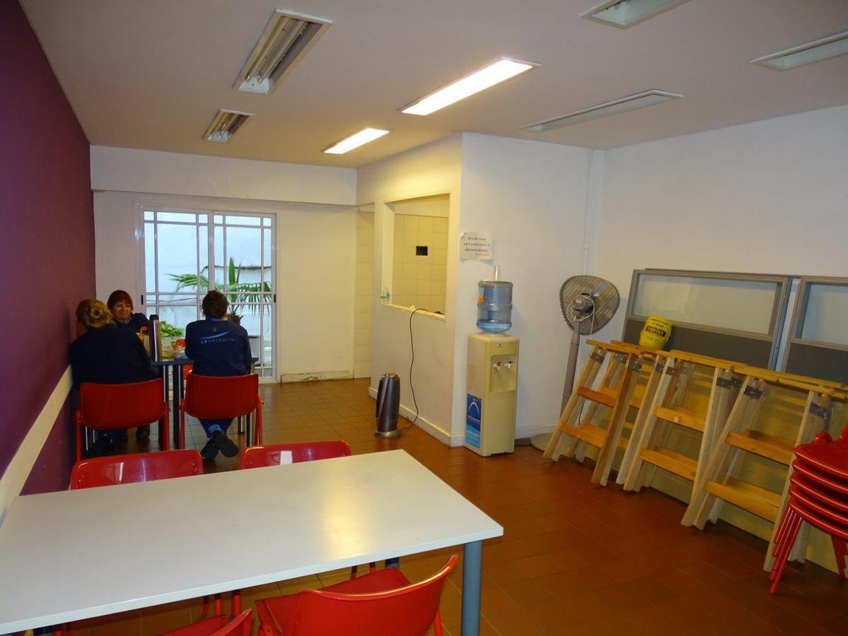 Foto Local en Alquiler en  Tribunales,  Centro  Viamonte Y Parana
