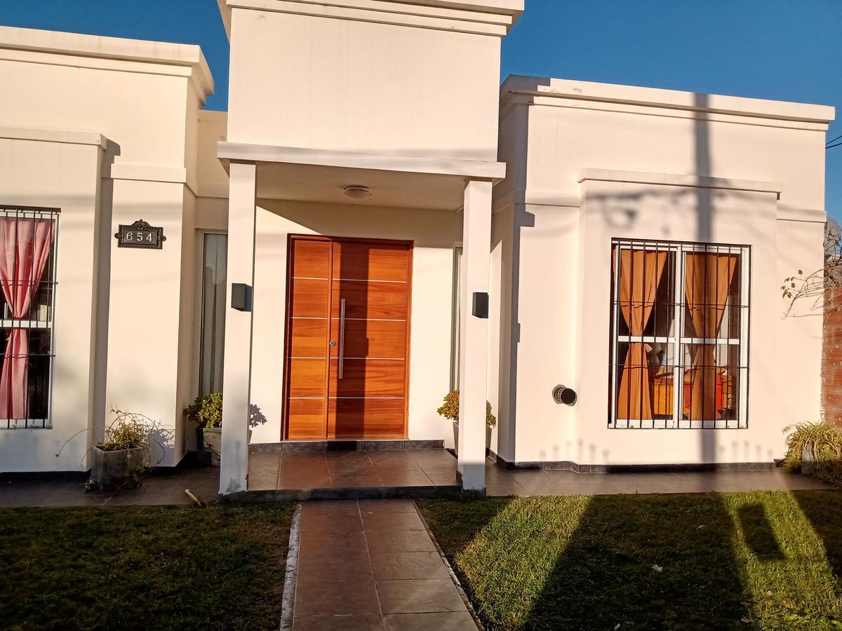 Foto Casa en Venta en  Mar De Ajo ,  Costa Atlantica  Julio Campos 654