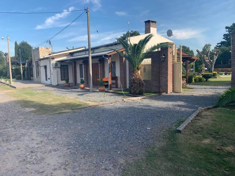Foto Casa en Venta en  Capital Federal ,  Capital Federal  Calle 13 400