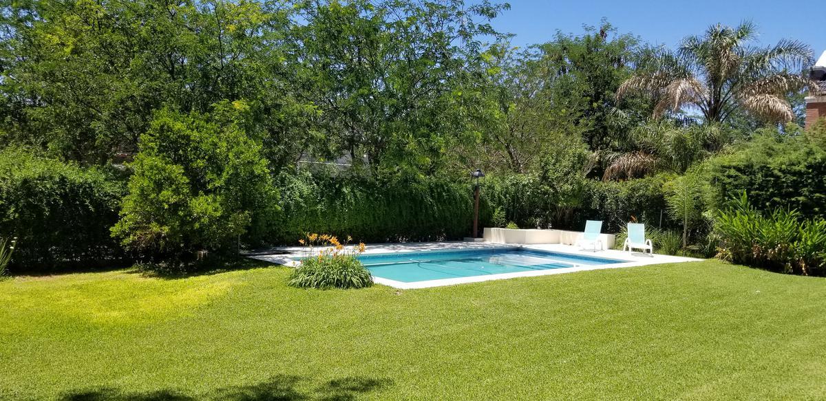 Foto Casa en Alquiler temporario en  Cordoba Capital ,  Cordoba  LA RESERVA al 100