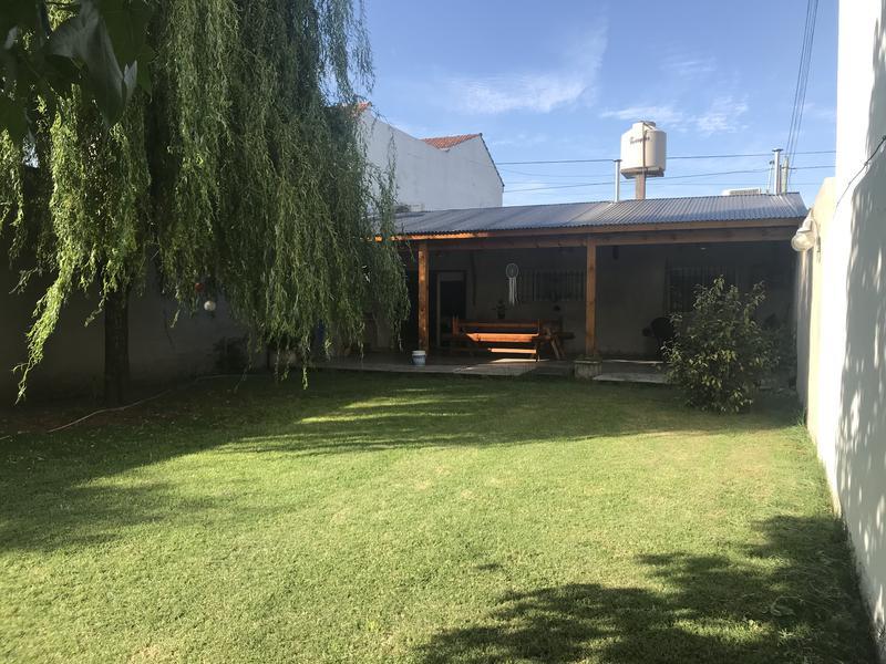 Foto Casa en Venta en  Moron Sur,  Moron  Sagasta al 1200