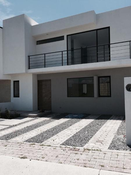 Foto Casa en Venta en  Juriquilla,  Querétaro  Compra Casa Nueva en Juriquilla San Isidro