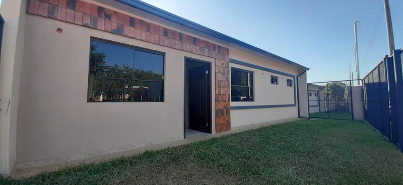 Foto Casa en Venta en  Luque ,  Central  Zona Las Residentas, Luque