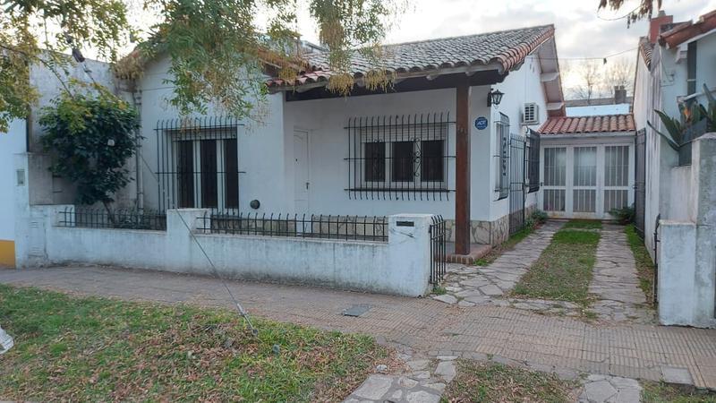 Foto Casa en Venta en  Beccar Alto,  Beccar  General Guido al 300