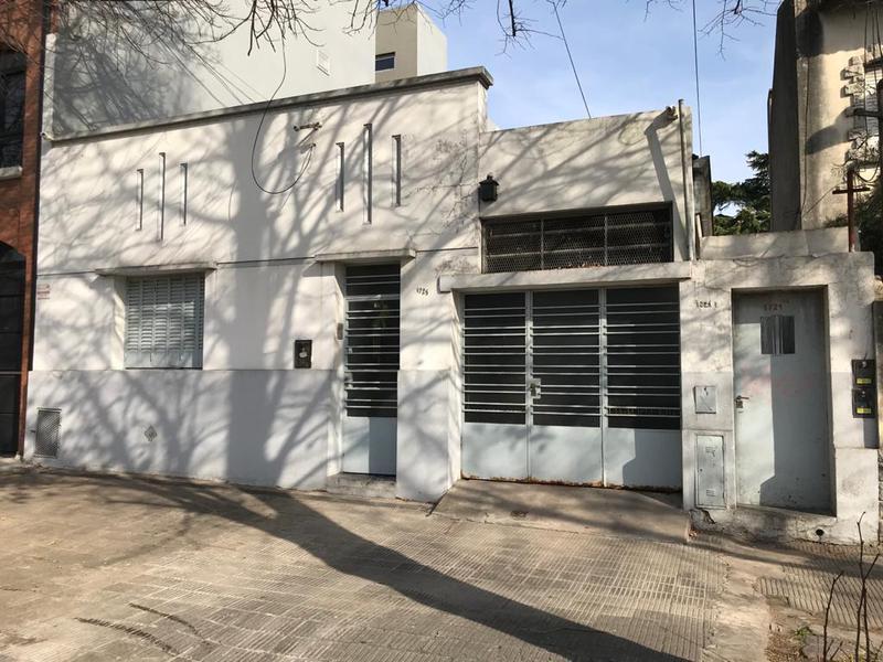 Foto PH en Venta en  La Plata ,  G.B.A. Zona Sur  19 entre 67 y 68
