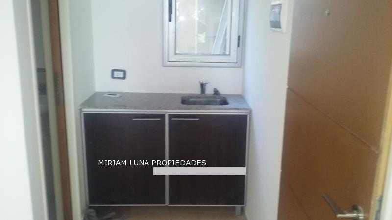 Foto Oficina en Venta en  Microcentro,  La Plata  48 e/11 y 12