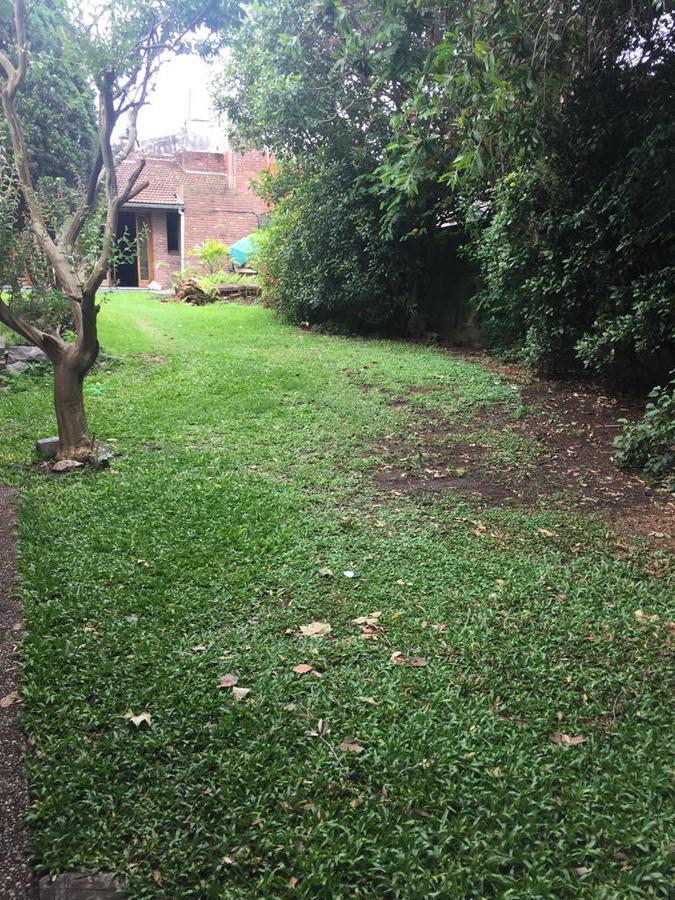 Foto Terreno en Venta en  Villa Ballester,  General San Martin  terreno, amplio quincho,  parque, oportunidad! permutas por menor valor