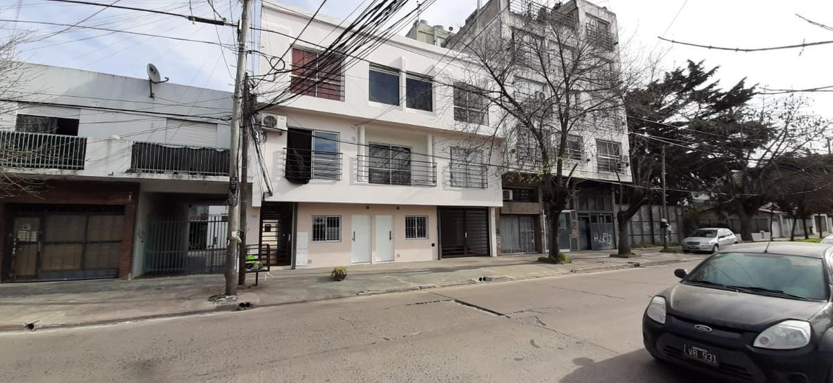 Foto Departamento en Venta | Alquiler en  Centro (Moreno),  Moreno  OPORTUNIDAD VENDE DEPARTAMENTO
