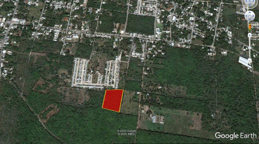Foto Terreno en Venta en  Conkal ,  Yucatán  Terreno en remate Conkal en esquina- $660 pesos por m², son 8000 m²