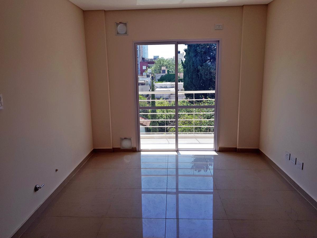 Foto Departamento en Venta en  Lourdes,  Rosario  Mendoza y Riccheri 05-01