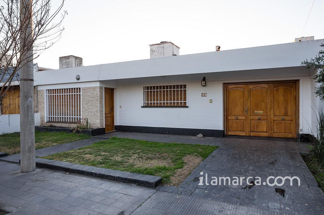 Foto Casa en Venta en  Urca,  Cordoba  lagos garcía al 1100