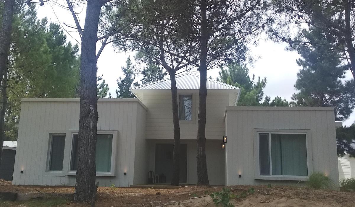 Foto Casa en Venta en  Costa Esmeralda,  Punta Medanos  Senderos IV 311