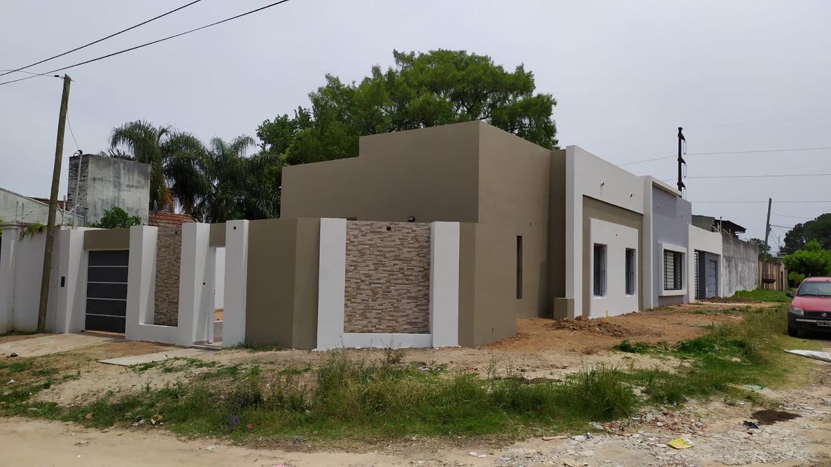 Foto Casa en Venta en  Colonia Adela,  Concordia  Che Guevara y Augusto Niez