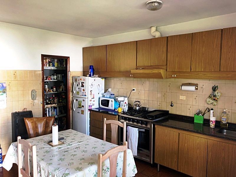 Foto Casa en Venta en  Villa Adelina,  San Isidro  Gobernador Castro al 800