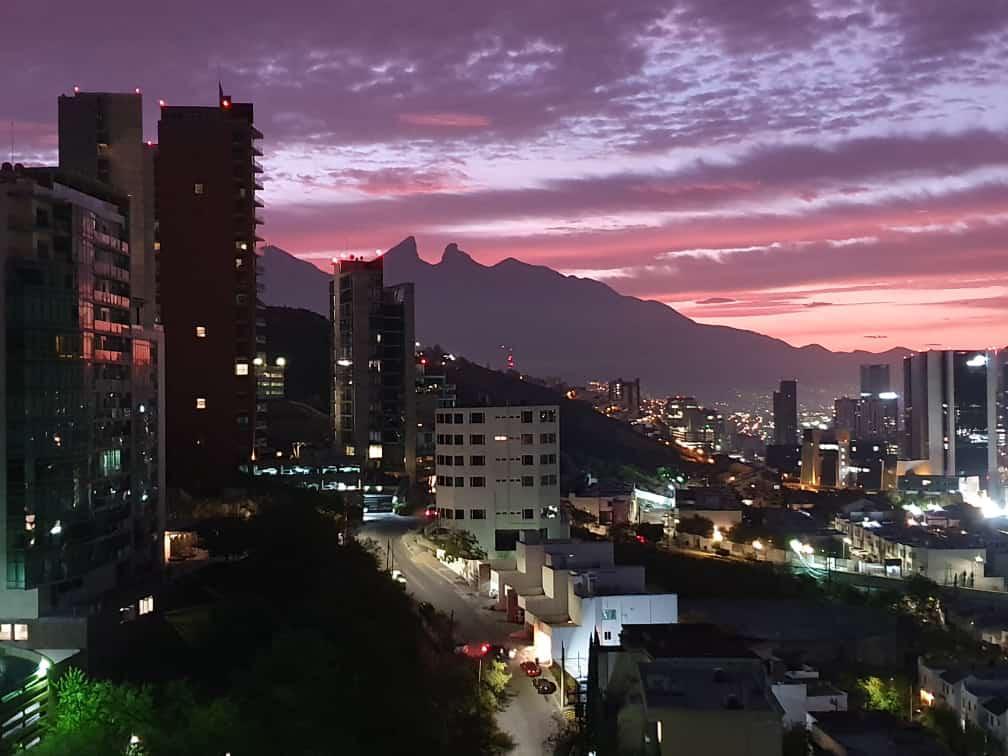 Foto Departamento en Venta en  Del Valle Oriente,  San Pedro Garza Garcia  VENTA DEPARTAMENTO VALLE ORIENTE SAN PEDRO