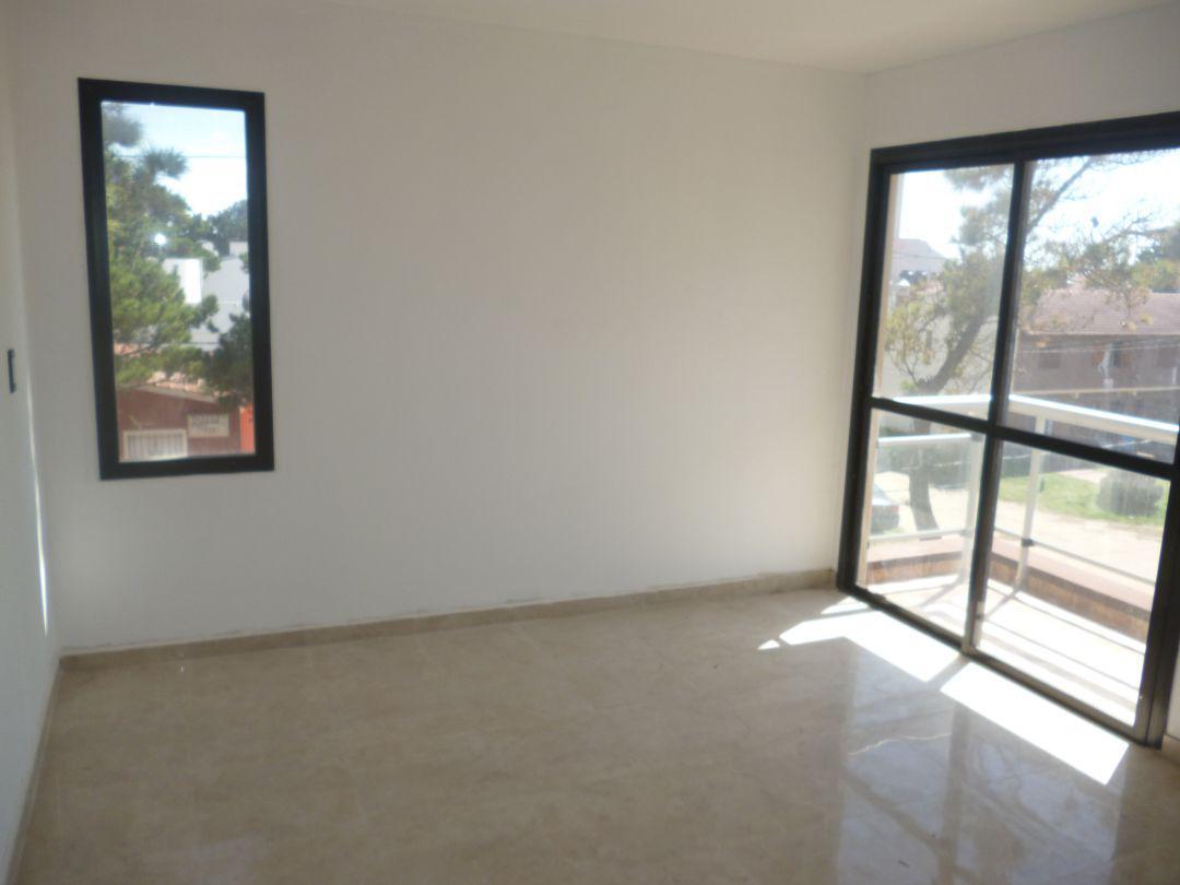 Foto Departamento en Venta en  Costa Azul ,  Costa Atlantica  San Juan 3786