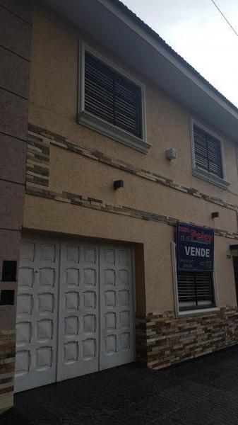 Foto Casa en Venta en  Lanús Este,  Lanús  TUCUMAN AL 2200