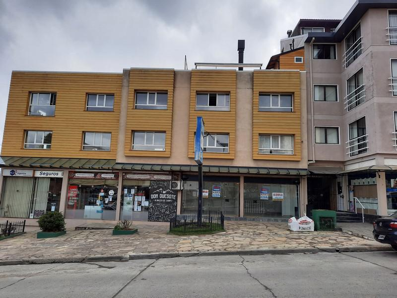 Foto Oficina en Alquiler en  Bariloche ,  Rio Negro  Tiscornia y Quaglia