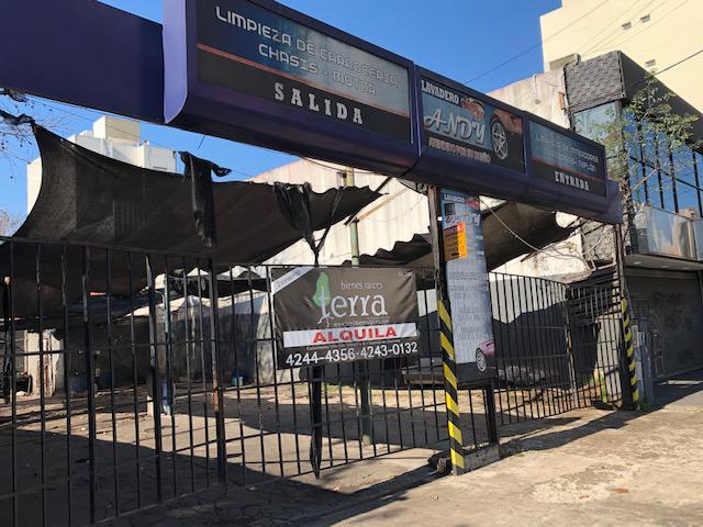 Foto Depósito en Alquiler en  Lomas De Zamora ,  G.B.A. Zona Sur  Alte.Brown al 2200