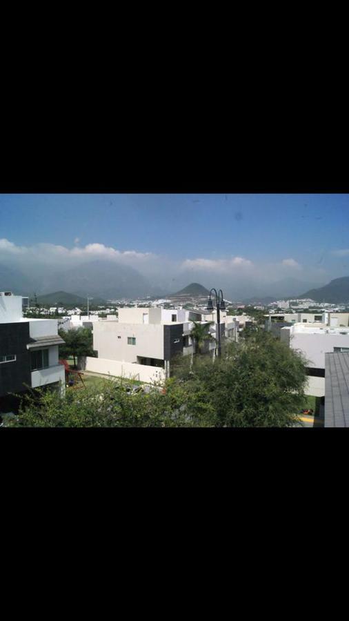 Foto Casa en Venta en  Paseo del Vergel,  Monterrey  Casa en Venta en Fracc. Paseo del Vergel - Privada Pani - Zona sur (JA) Fracc. Privado con Vigilancia 24/7