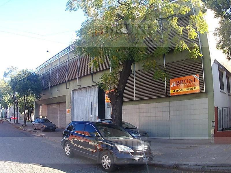 Foto Galpón en Alquiler en  Pompeya ,  Capital Federal  Crespo al 2900