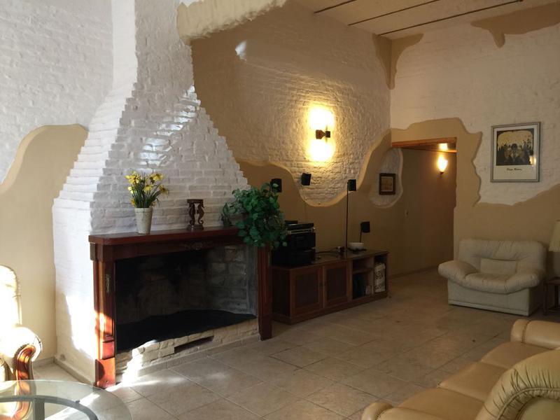 Foto Casa en Alquiler en  Buceo ,  Montevideo  Br. José Batlle y Ordoñez esquina Solferino