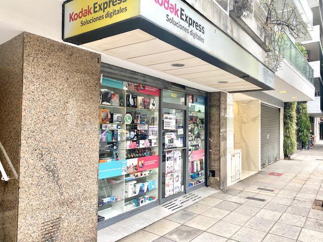 Foto Local en Venta en  Palermo ,  Capital Federal  Cabello y Scalabrini Ortiz