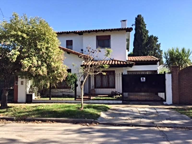 Foto Casa en Venta en  Bella Vista,  San Miguel  QUIRNO al 1500
