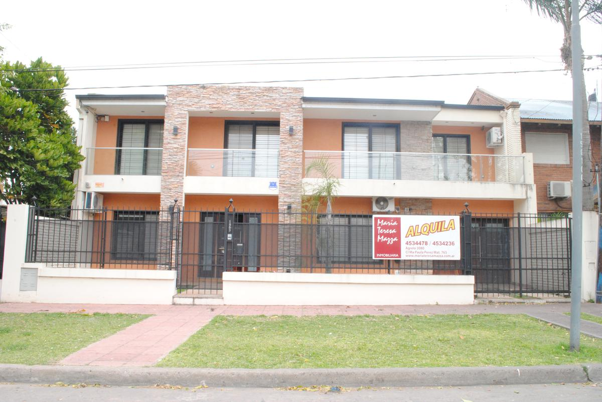 Foto Casa en Alquiler en  Alberdi,  Rosario  Agrelo al 1500