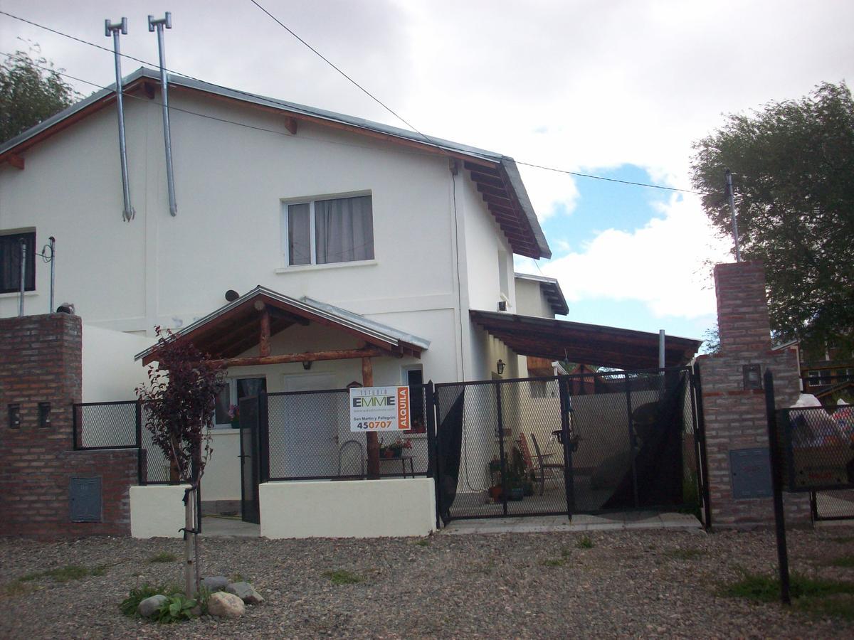 Foto Casa en Alquiler en  Esquel,  Futaleufu  Cambaceres al 2700