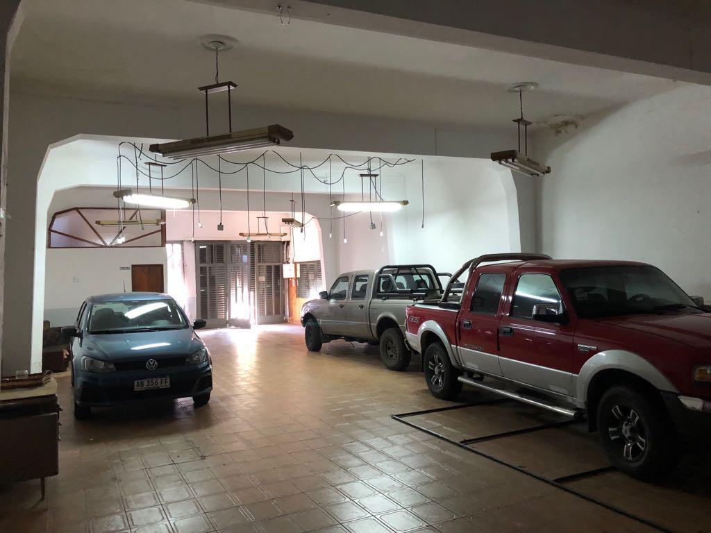Foto Local en Venta en  Barrio Norte,  La Plata  36  e/  17 y 18