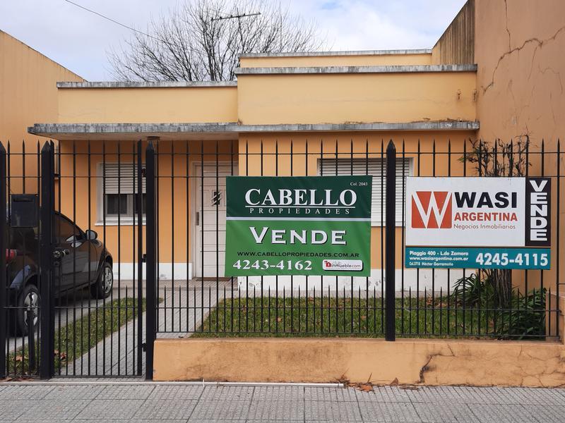 Foto Casa en Venta en  Lomas de Zamora Oeste,  Lomas De Zamora  RAMÓN FALCÓN al 400