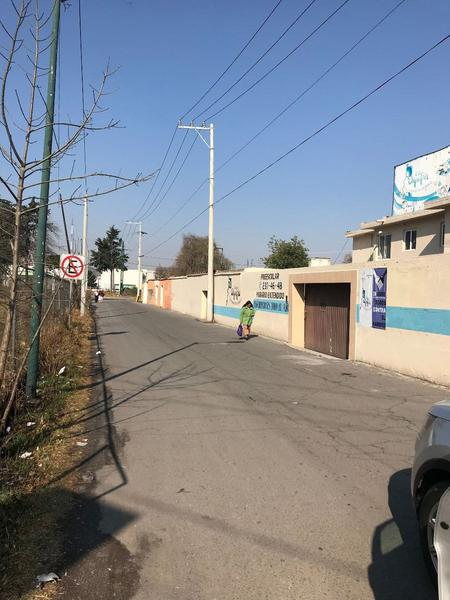 Foto Terreno en Venta en  San Lorenzo TepaltitlAn Centro,  Toluca  Terreno para uso Comercial o Residencial