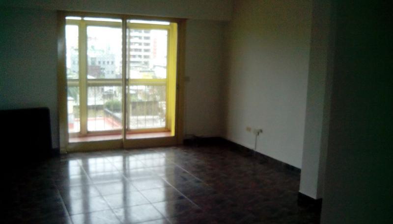 Foto Departamento en Alquiler en  San Miguel ,  G.B.A. Zona Norte         Alquiler 3 amb con cochera Sarmiento y Tribulato
