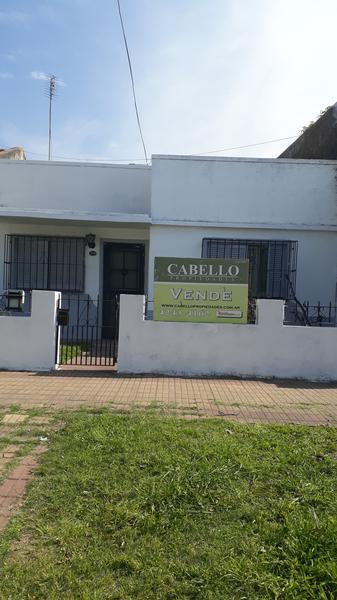 Foto Casa en Venta en  Lomas de Zamora Oeste,  Lomas De Zamora  BOQUERÓN al 1500