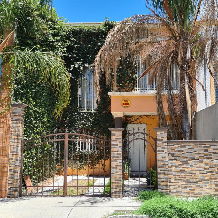 Foto Casa en Renta en  San Luis Potosí ,  San luis Potosí  Casa amueblada en renta, muy cerca a Soriana el paseo