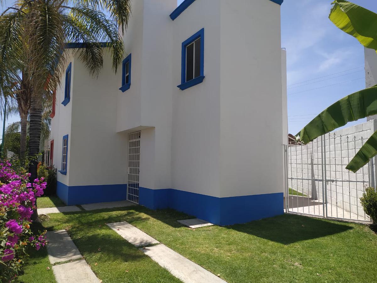 Foto Casa en Renta en  Fraccionamiento Paseo de las Palmas,  San Juan del Río  CASA EN RENTA  SAN JUAN DEL RIO