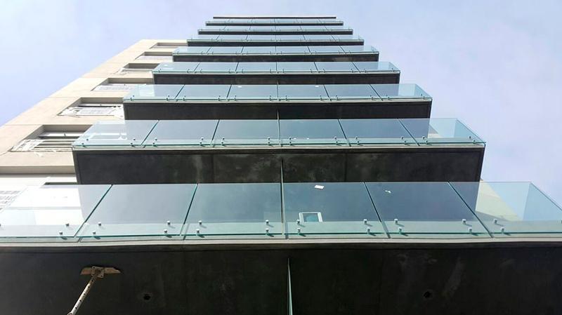 Foto Departamento en Venta en  Pocitos Nuevo ,  Montevideo  Penthouse con terraza y parrillero
