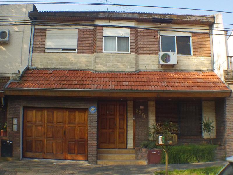 Foto Casa en Venta en  Olivos,  Vicente Lopez  Rosetti al 2200