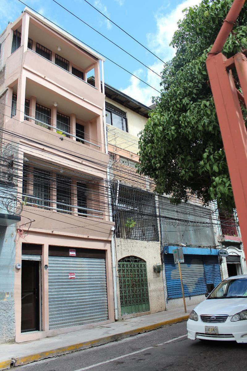 Foto Edificio Comercial en Venta en  El Centro,  Tegucigalpa  Edificio 4 niveles en Venta Centro de Tegucigalpa, Avenida Cervantes